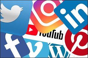 Custom social media layout